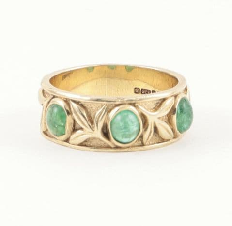 Vintage 9Ct Gold And Trilogy Emerald Band / Ring